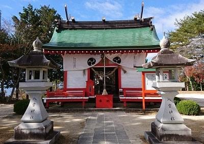 八雲神社拝殿正面の風景