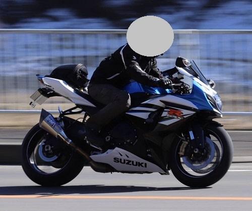 息子が今乗っている大型バイクの画像