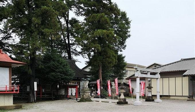 坂戸神社境内の様子