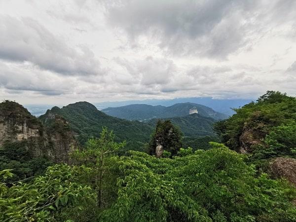 展望台からの風景(右側)
