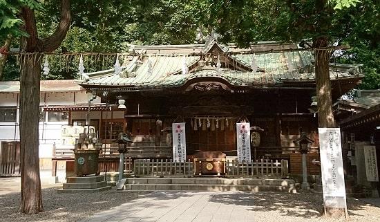 調神社の拝殿正面の風景
