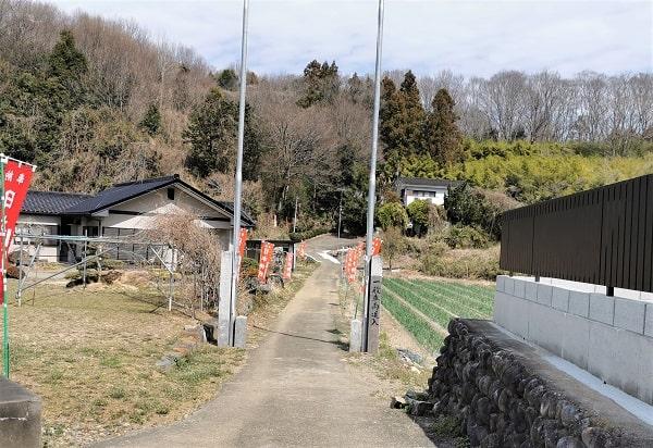 参道入り口の風景