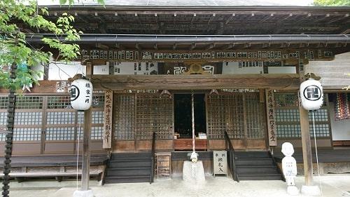 卜雲寺の本堂(観音堂)正面の風景