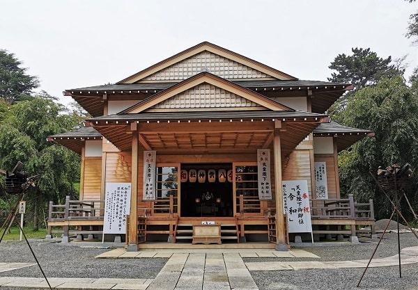 八雲神社の新しい社殿の画像