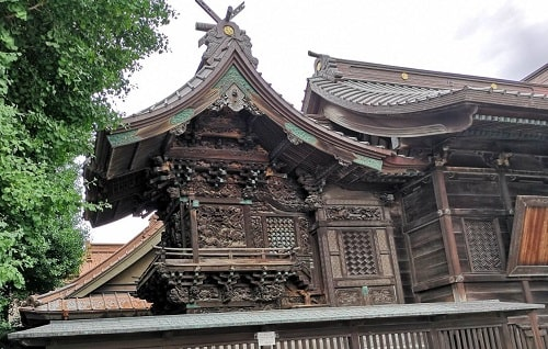 伊勢崎神社の本殿の風景