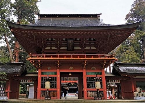 香取神宮の楼門正面の風景