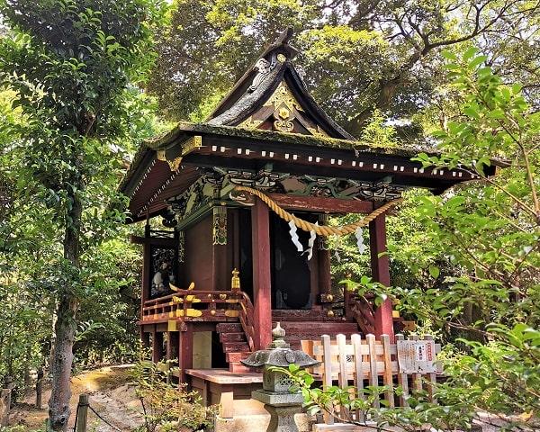 厳島神社の近くに行った様子