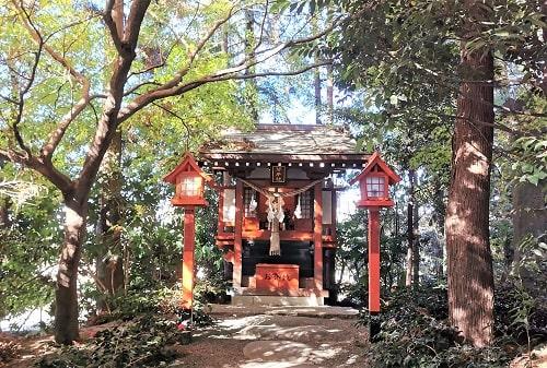 琴平社正面の風景